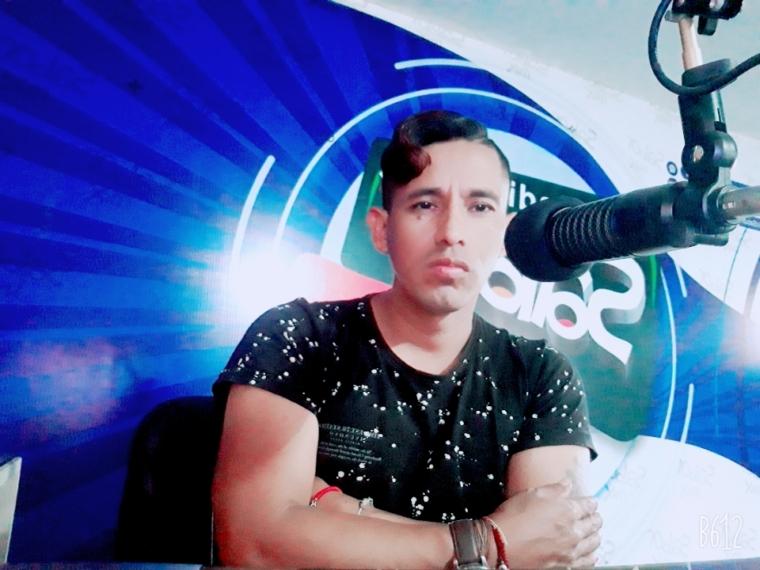 Alex Gonzales Locutor